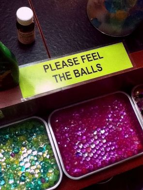 please feel the balls
