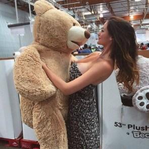 Teddy Bear Hugger