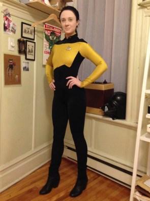 female data cosplayer
