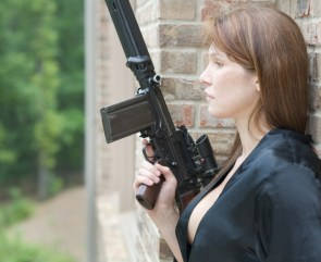 weaponized side boob