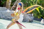 Rikku cosplayer