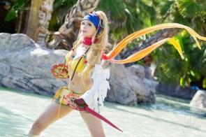 Rikku cosplayer