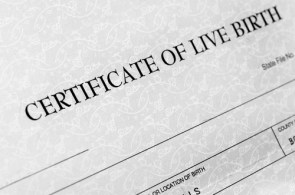 Proposed Illinois Law Would Deny Support from Mothers Who Don't List Father on Birth Certificate