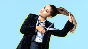 Ariana Grande cutting her hair