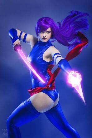 Psylocke cosplayer