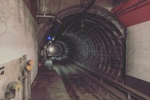 urban tunnel for people mover machines