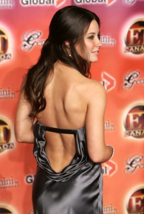 Evangeline Lilly's back