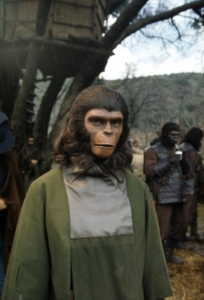 On the set of Battle for the Planet of the Apes