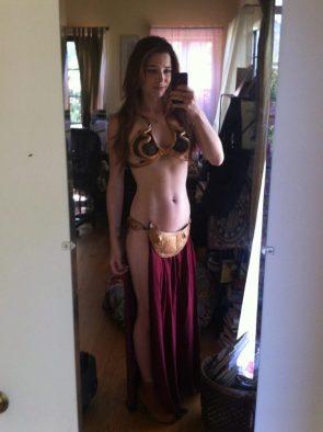 Chloe Dykstra as Slave Leia