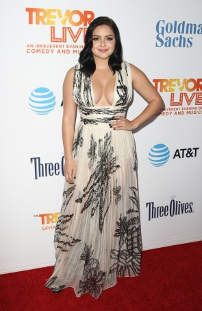 Ariel Winter in a white and black dress