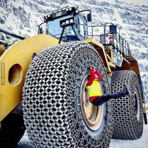 Massive Tire Chains