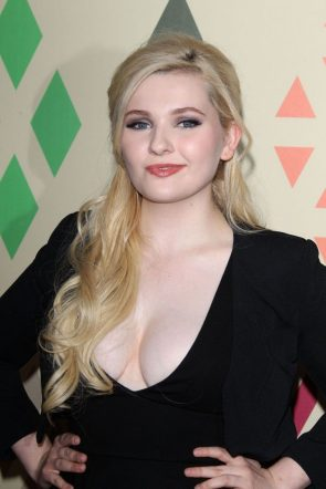 Abigail Breslin in a low cut top