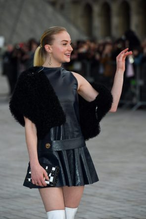 Sophie Turner – Arriving at the Louis Vuitton Show, Paris Fashion Week – March 7, 2017