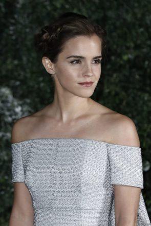 Emma Watson Beauty and Beast Premiere in London001