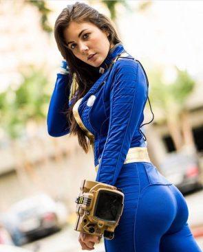 Mariah Lynn Fallout cosplayer