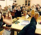 Children's Middle Finger Education