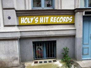 holys hit records