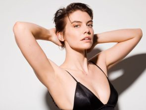 Lauren Cohan has sexy arm pits