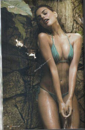 Paloma Bernardi getting wet