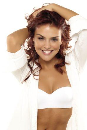 Paloma Bernardi in white