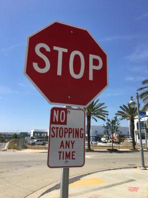 STOP- NO STOPPING