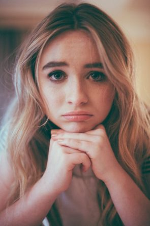 Sabrina Carpenter is very sad