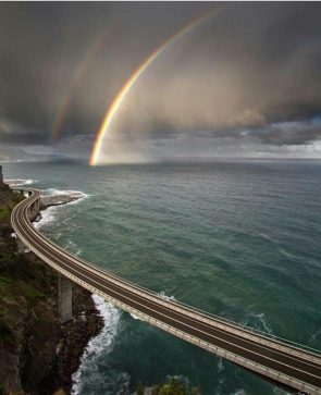 sea cliff bridge australia