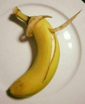 Dabbing Banana