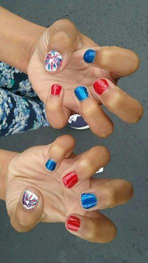 patriotic fingernails