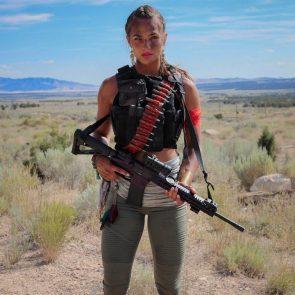 well armed model