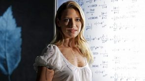Anna Torv does science