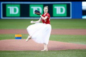 Heather Ogden throws a pitch