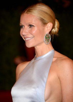 Gwyneth Paltrow sideboob