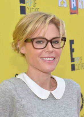 Julie Bowen in nice glasses