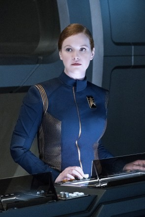 Star Trek Discovery crew photos