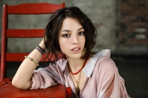 Olivia Thirlby Playing With Her Hair