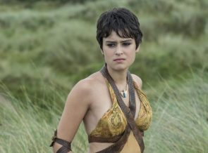 Rosabell Laurenti Sellers as a sand snake