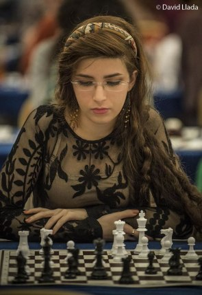 Dorsa Derakhasani – Irani Chess Player