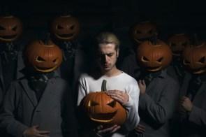 Pumpkin Head Worship