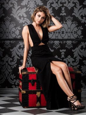 Sarah Hyland in an adorable black dress