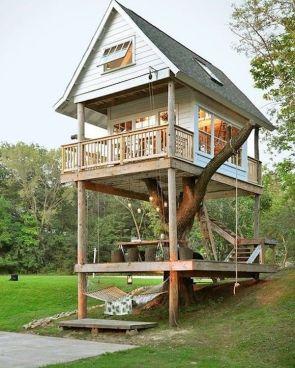 awesome tree house.jpg