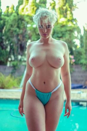 FitNakedGirlscom-Stefania-Ferrario-nude-9