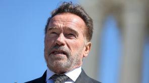 Schwarzenegger Anyone making coronavirus masks a 'political issue is an absolute moron'