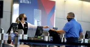 Delta adds 460 passengers who refused masks to 'no-fly' list