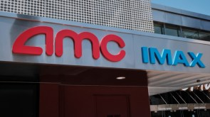 AMC Plans to Sell 15 Million Shares Warns Investors of Potential Bankruptcy