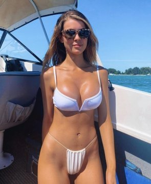 bikini diaper