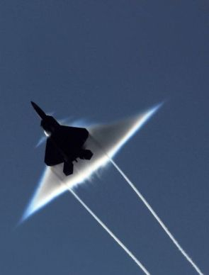 F 22 going supersonic