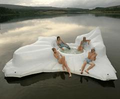 Floating jacuzzi