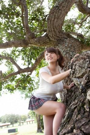 girl climes tree