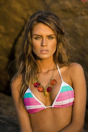 surfer chick with necklace